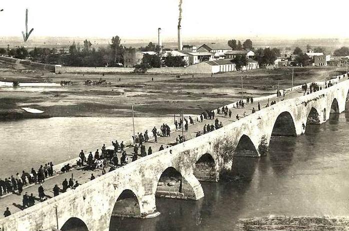 Adana Taş Köprü Eski Hali