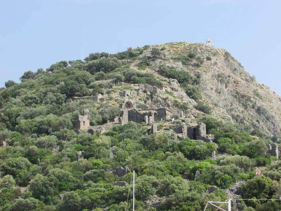 Fethiye Gemile Adası'nda Bulunan Tarihi Yapılar