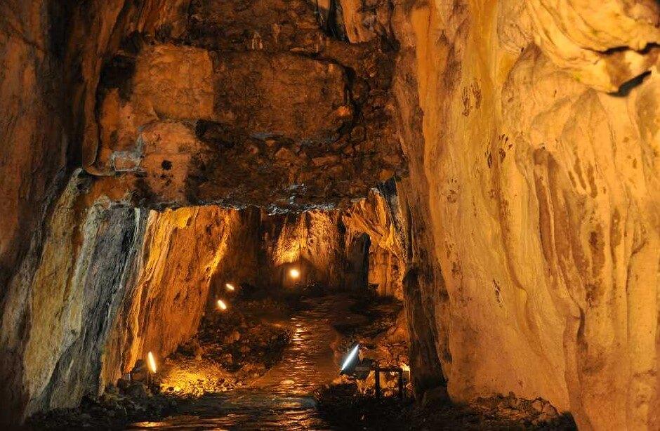 Sinop İnaltı Mağarası İçeriden Görüntüsü