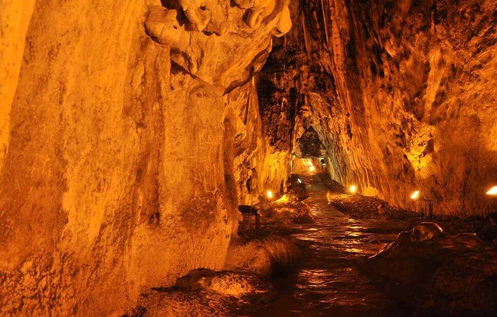 Sinop İnaltı Mağarası İçerisinden Çekilmiş Görüntü
