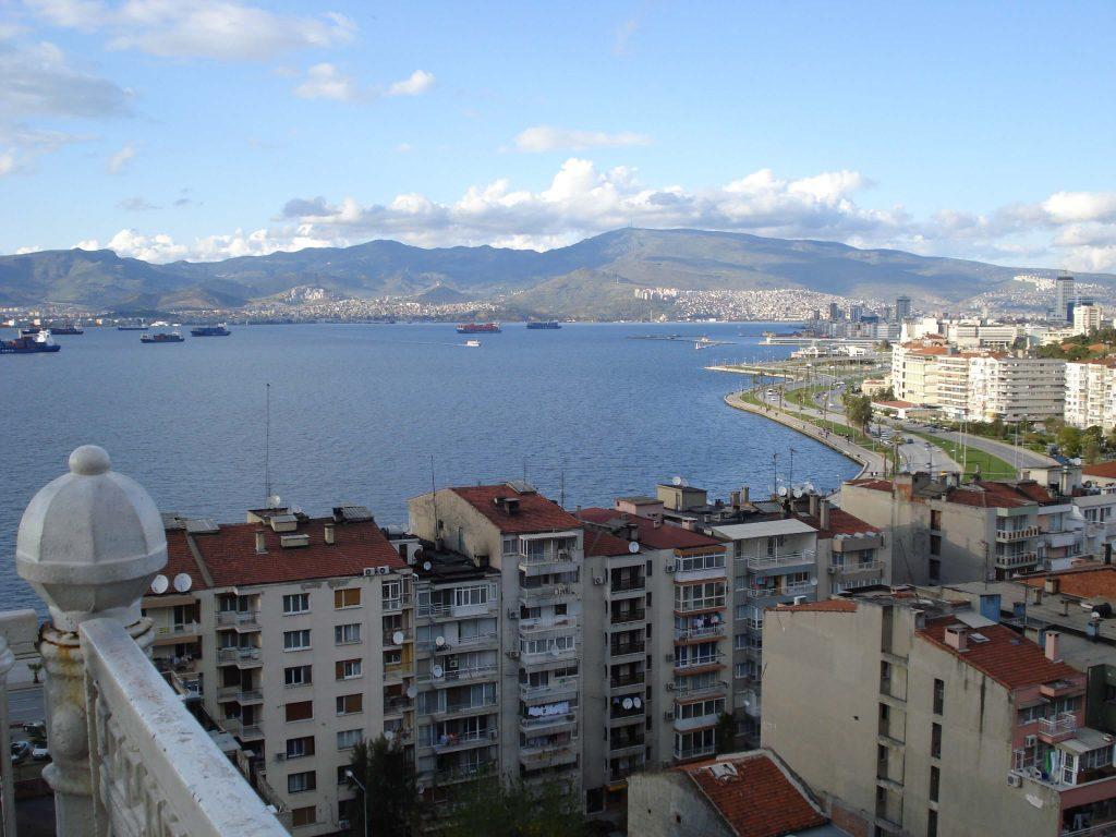 İzmir Tarihi Asansör'den Çekilen Manzara