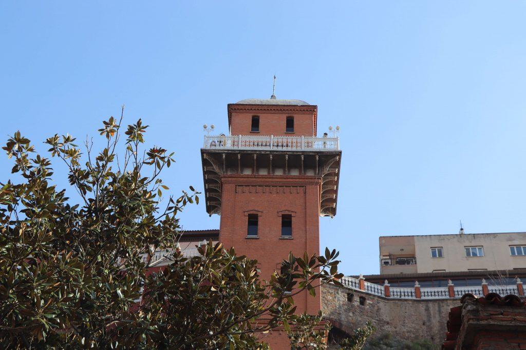 İzmir Tarihi Asansör Binası