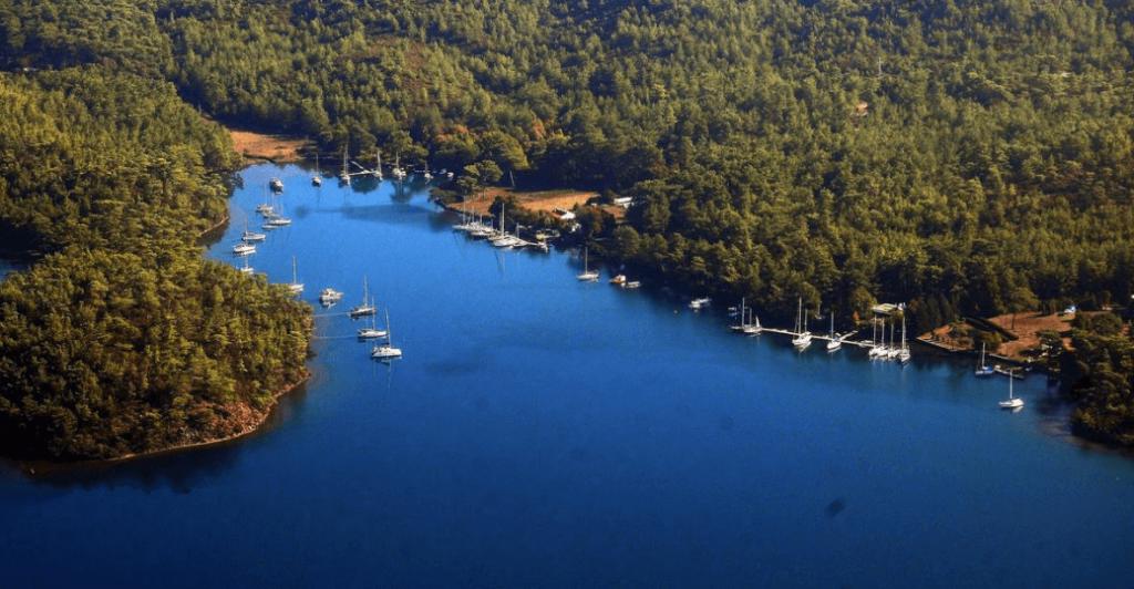 Büyük Çatı Koyu (Türkiye'de Keşfedilmeyi Bekleyen 12 Yer)