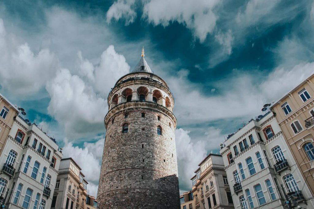 galata kulesi ziyaret saatleri ve giriş ücreti