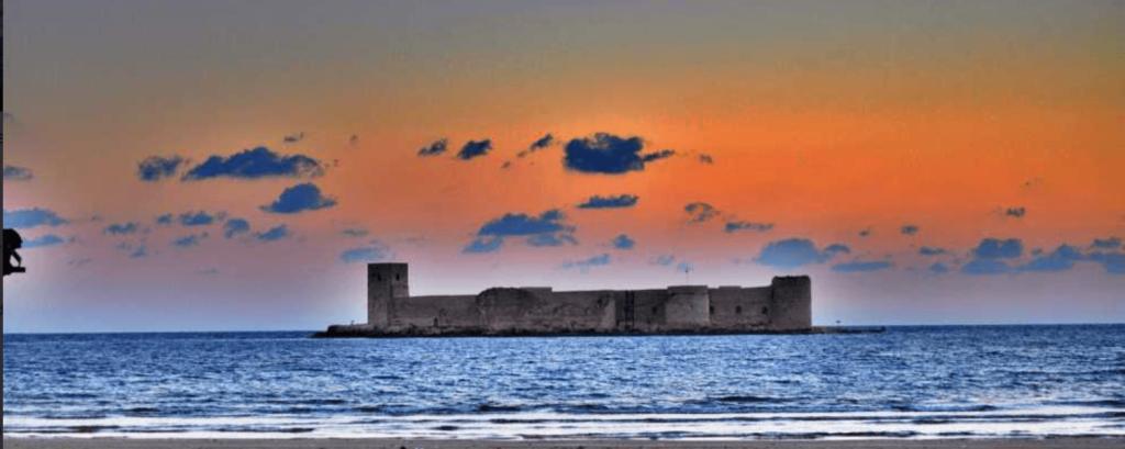 Mersin Kızkalesi Tarihi ve Efsanesi