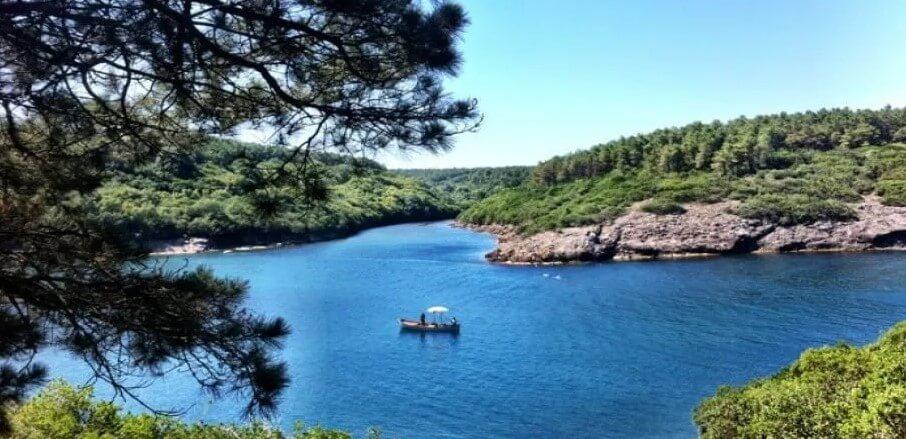 Sinop Hamsilos Koyu plajı