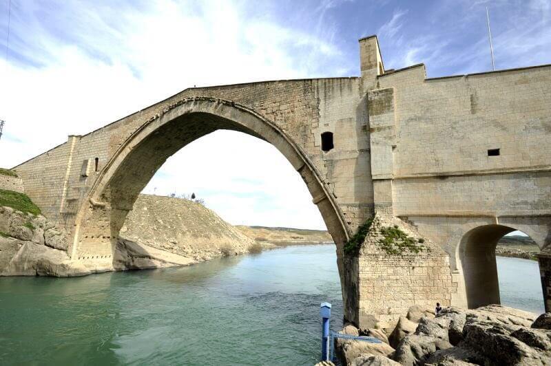 Batman Gezi Rehberi ( Memiksan Köprüsü)